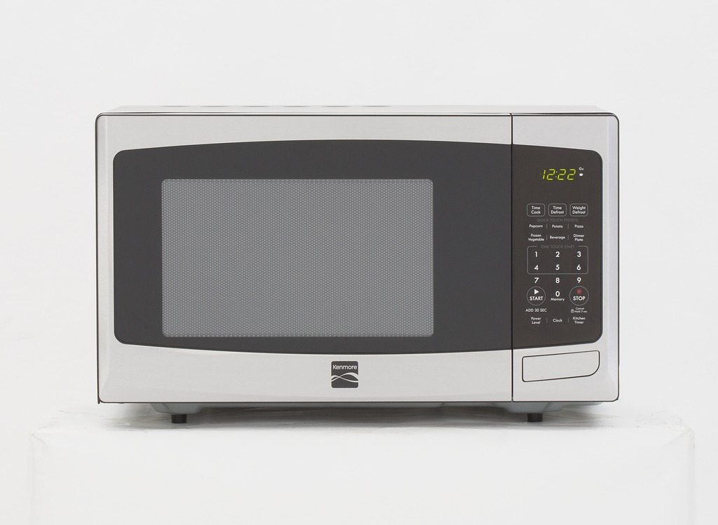 Microwaves and Nutrition